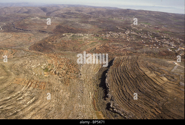 4701. THE HILLCOUNTRY OF SAMARIA NORTH OF JERUSALEM ALOTED TO THE TRIBE OF BENJAMIN - Stock Image