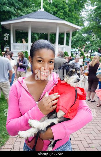 Indiana Chesterton Thomas Centennial Park Bark in the Park dog Black woman dog pet animal costume family festival - Stock Image