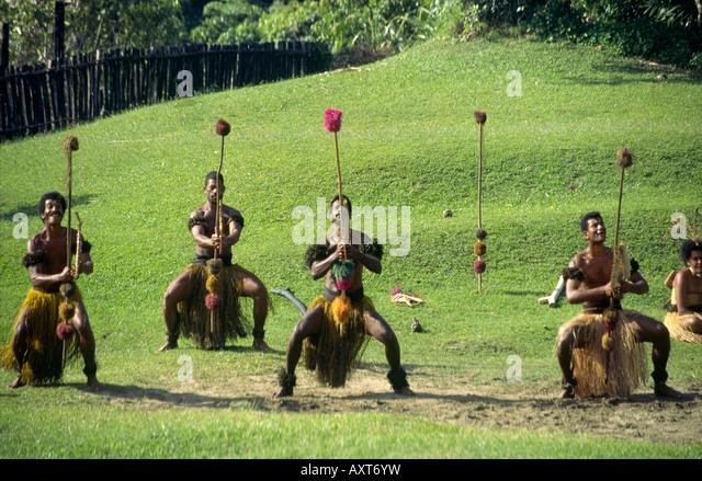 south pacific Fiji Vitu Levu traditional village dance performance - Stock Image