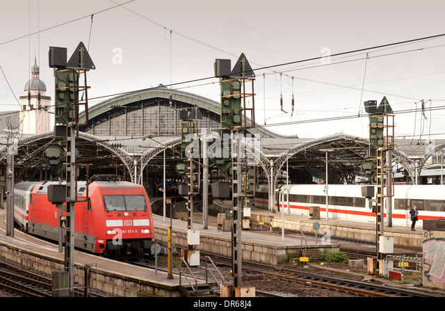 Cologne railway station and trains, Cologne, ( Koln ), Germany Europe - Stock Image