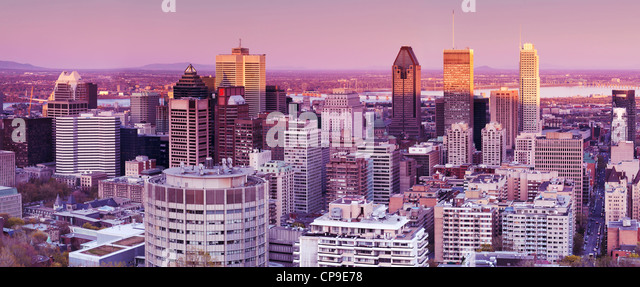 Panoramic view of Downtown Montreal, Montreal Centre-Ville skyline during sunset. Quebec, Canada 2012. - Stock Image