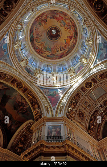 Ceiling and dome with Saint Isaac's Cathedral, St Petersburg, Russia. - Stock Image