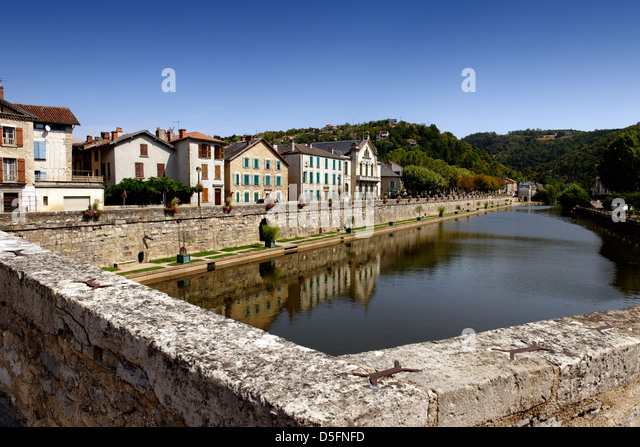 View from the 14th century Pont des Consuls, Villefranche de Rouergue, Aveyron, France - Stock Image