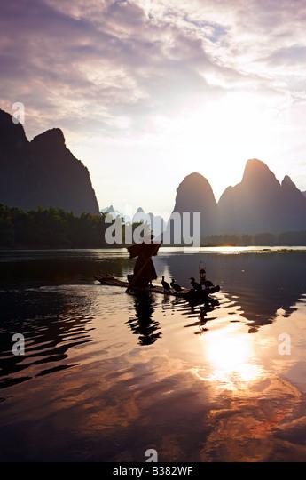 Cormorant Fisherman in the Lijang Li River Xingping Guilin province China model release 701 - Stock-Bilder