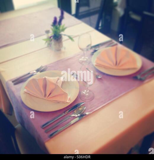 Table in restaurant - Stock-Bilder
