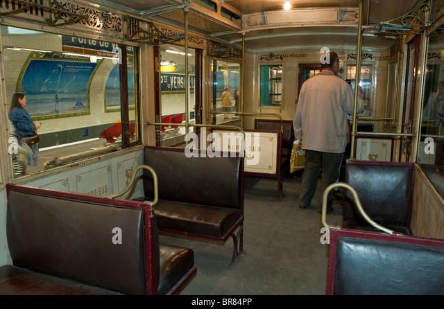 Versailles train stock photos versailles train stock images alamy - Porte de versailles metro ...
