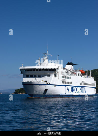 Ferry Split Vis Island