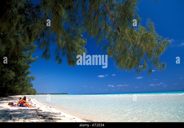 Bahamas Grand Bahama Island Gold Rock Beach lucayan national park cruise excursion tourist attraction - Stock Image