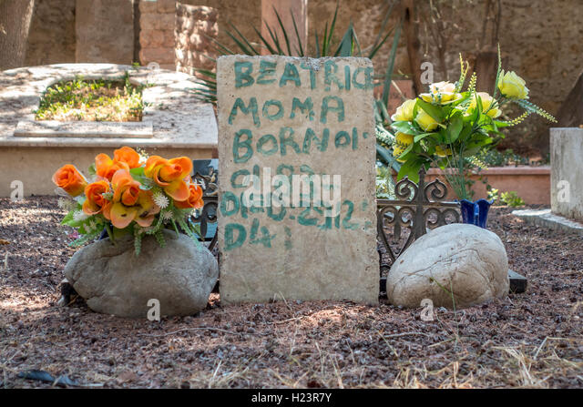 Memorials in a foreigners' graveyard in northern Cyprus - Stock Image
