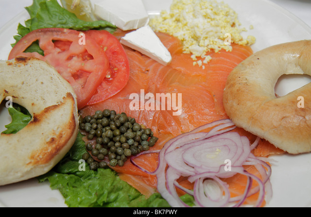 Washington DC Georgetown M Street Clyde's of Georgetown restaurant business dining platter lox bagel onions - Stock Image