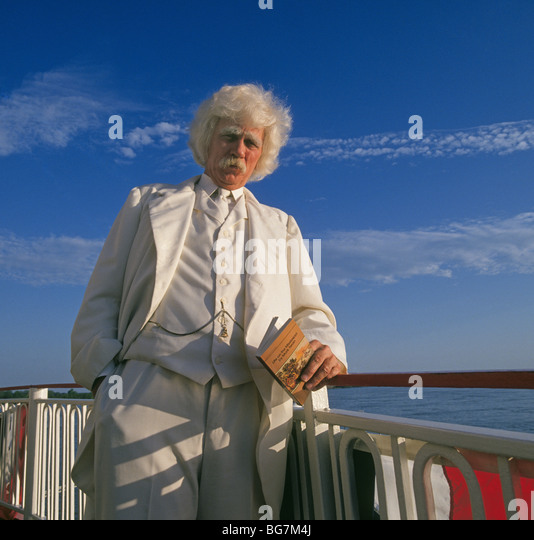 """a description of the life of samuel clemens aka mark twain """"samuel langhorne clemens 'mark twain,' dies at stormfield this is a website that is connected with the pbs film by ken burns about mark twain's life."""
