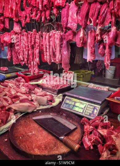 """Meat for sale in Yuen Long food market (""""wet market""""), New Territories, Hong Kong - Stock Image"""
