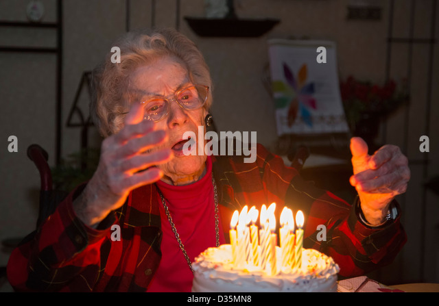 Sterling Heights, Michigan - Dorothy Newell celebrates her 99th birthday. - Stock-Bilder