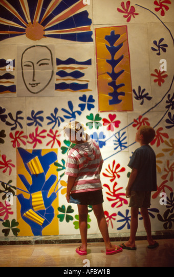 Toledo Ohio Museum of Art Apollo by Henri Matisse young visitors - Stock Image