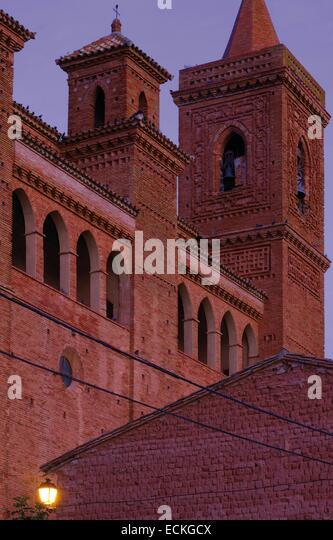 Spain, Aragon, Zaragoza, Torralba de Ribota, Saint Felix, listed as World Heritage by UNESCO, bell tower at dawn - Stock Image