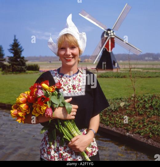 how to make dutch volemdam costume