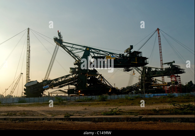 BUCKET WHEEL EXCAVATOR IN NEYVELI LIGNITE CORPORATION TAMILNADU - Stock-Bilder