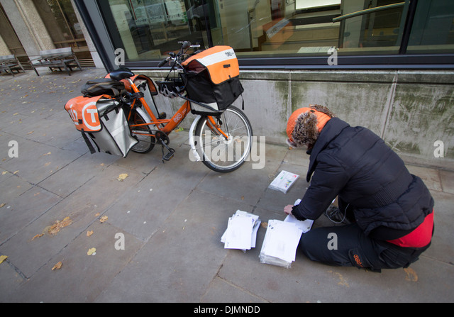 how to become a cycle courier