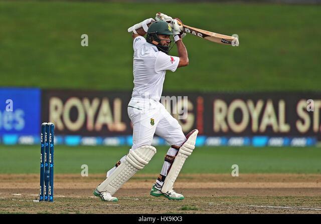 Hamilton, New Zealand. 25th Mar, 2017. March 25th 2017, Hamilton, New Zealand; South Africa's Hashim Amla batting - Stock-Bilder