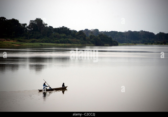 Refugees crossing the river ,Betou ,Ubangi River ,Republic of Congo - Stock-Bilder