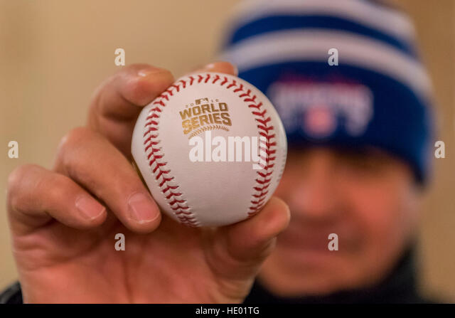 Chicago, USA.  15 December 2016.  The World Series Championship Trophy is on display in downtown Chicago, following - Stock Image