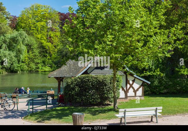 Parc de lorangerie stock photos parc de lorangerie stock for Parc des expo strasbourg