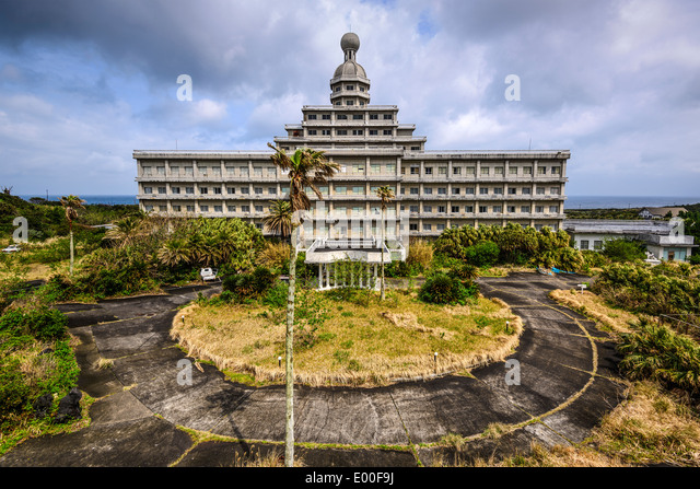 Abandoned Hotel on the island of Hachijojima, Tokyo, Japan. - Stock Image