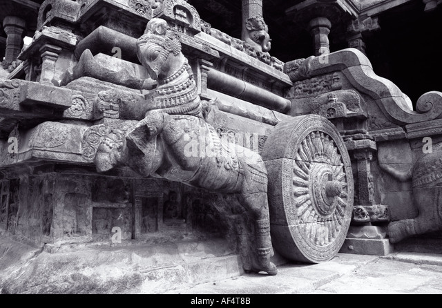 Horse and chariot stone scuplture in Darasuram temple Tamil Nadu South India 1000 years old - Stock Image