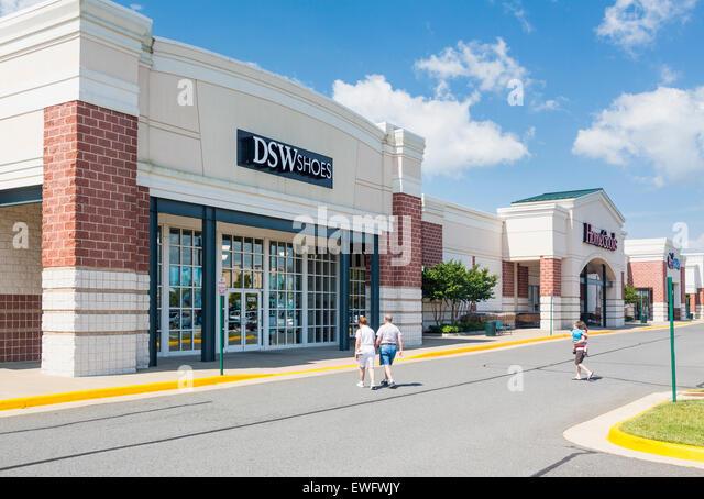 Dsw Shoe Store In California