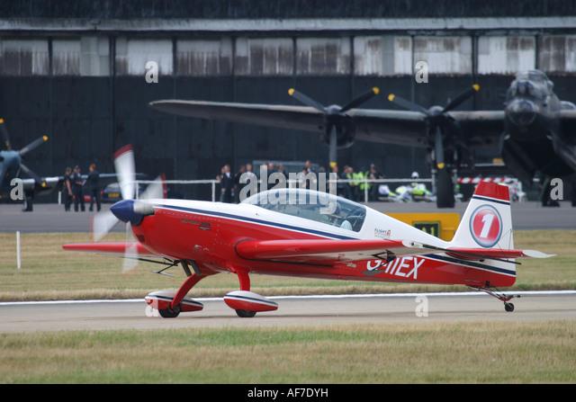 Aerobatic aircraft Extra 300/L - Stock Image