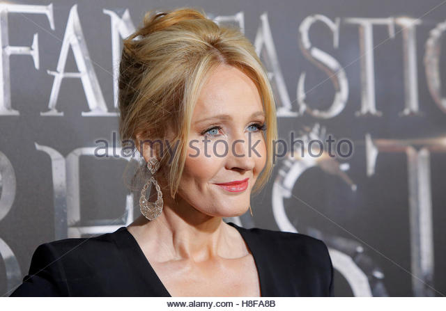 Author J.K. Rowling attends the premiere of 'Fantastic Beasts and Where to Find Them' in Manhattan, New - Stock-Bilder