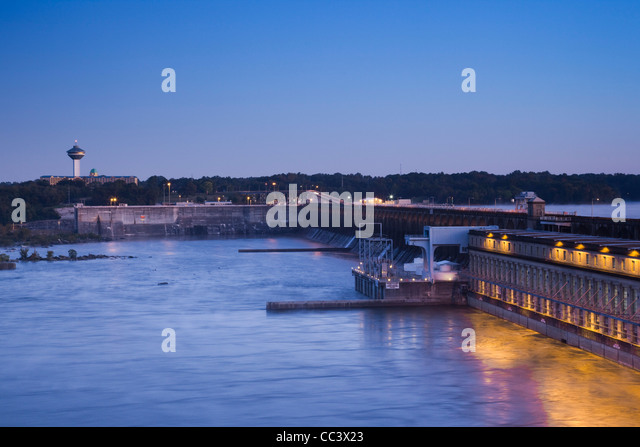 USA, Alabama, Muscle Shoals Area, Florence, Renaissance Tower, Wilson Lock and Dam, Lake Wilson and Tennessee River, - Stock-Bilder