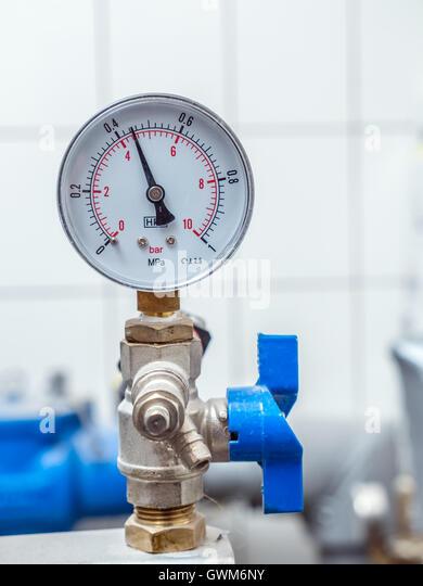 water pressure gauge stock photos water pressure gauge stock images a. Black Bedroom Furniture Sets. Home Design Ideas