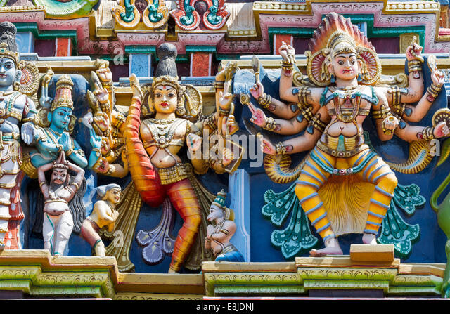 MEENAKSHI AMMAN TEMPLE VERY DETAILED VIEW OF THE STATUES OF DEMONS AND GODS ON THE TEMPLES - Stock Image