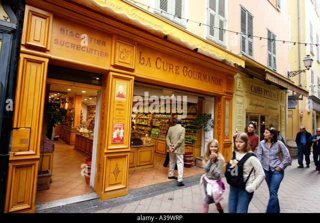 France Nice old city center La Cour Gourmande Confiserie - Stock Image