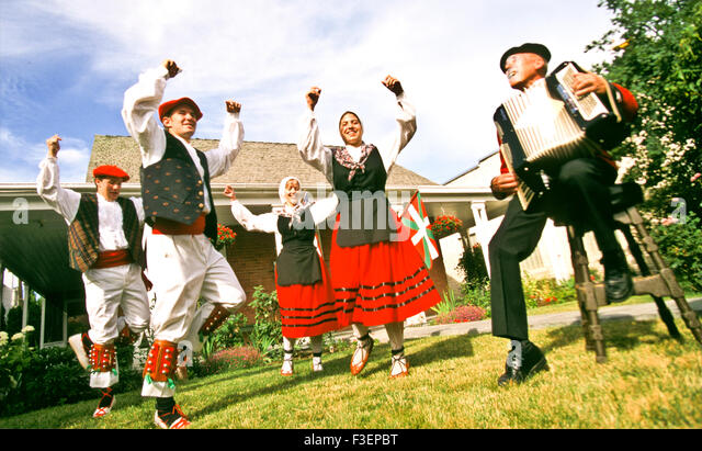 People, Onikari Basque Dancers performing in front of the Basque Museum on the Basque Block, Boise, Idaho, USA - Stock Image