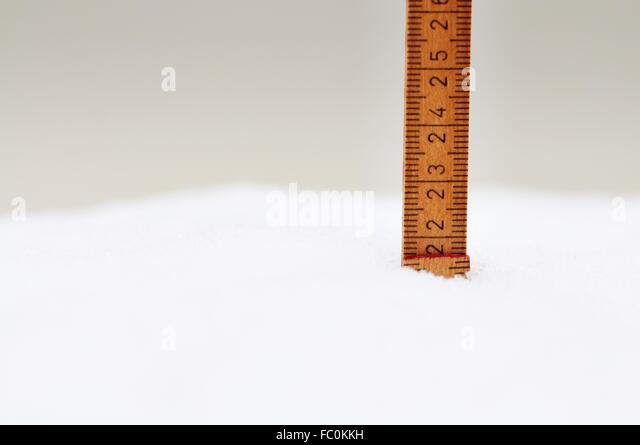 20 cm Fresh-Fallen Snow - Stock Image