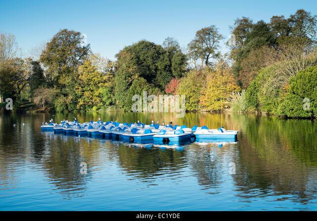 London UK boating lake pond scenic - Stock Image