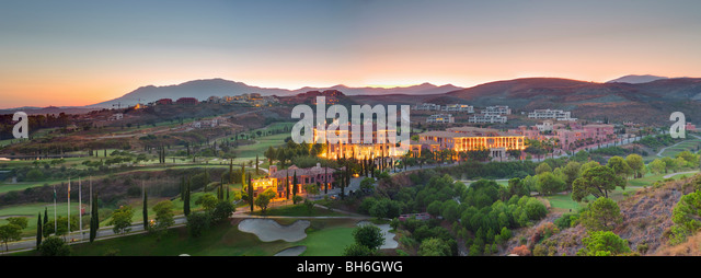 Villa Padierna and golf course at dusk - Stock Image