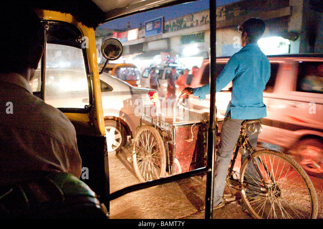 Motorized Rickshaw At Night Bangalore India - Stock-Bilder