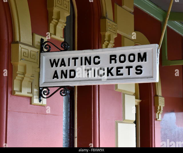 Ticket office new stock photos ticket office new stock images alamy - Kings cross ticket office opening times ...