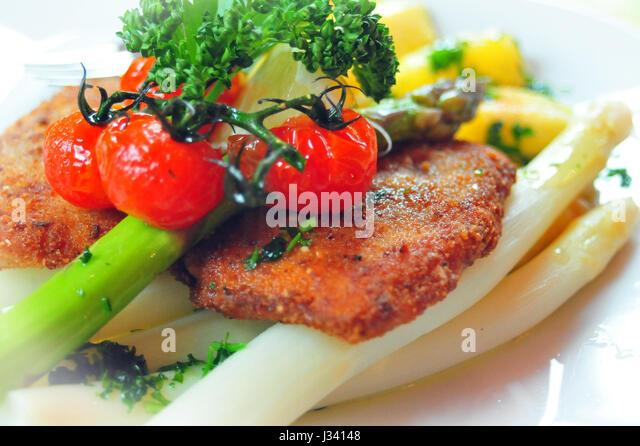 Asparagus with Wiener Schnitzel, Thuringian Forest, Germany - Stock-Bilder