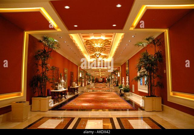 Las Vegas Nevada Wynn Hotel interior hallway business center red decor - Stock Image