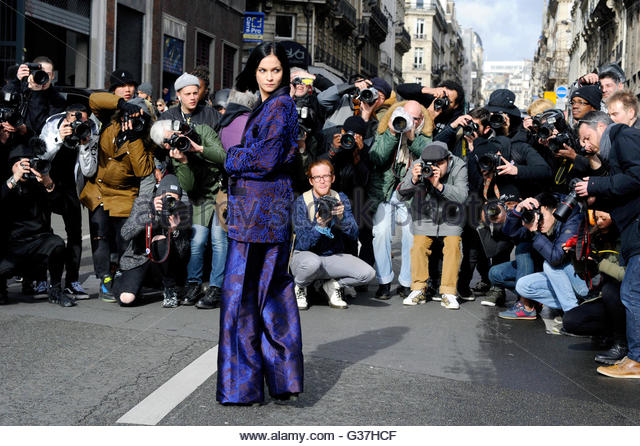 leigh lezark arrival for Dries van Noten ready to wear AW16, 2016. Rue de Saint Petersbourge. - Stock Image