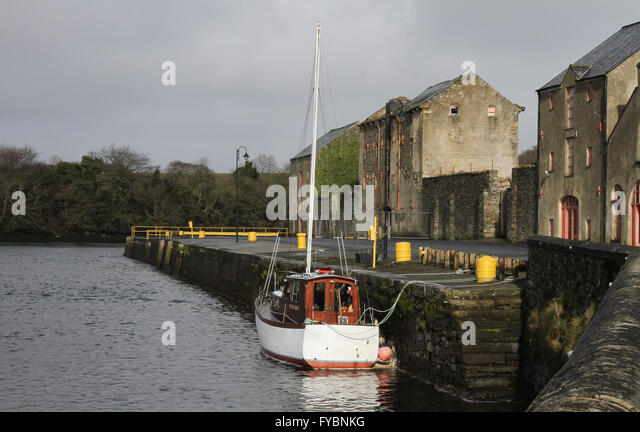 Old store building on the quayside at Ramelton County Donegal. - Stock Image