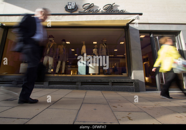 Loro Piano Italian clothing company specialising in high-end, luxury cashmere and wool products - Stock Image