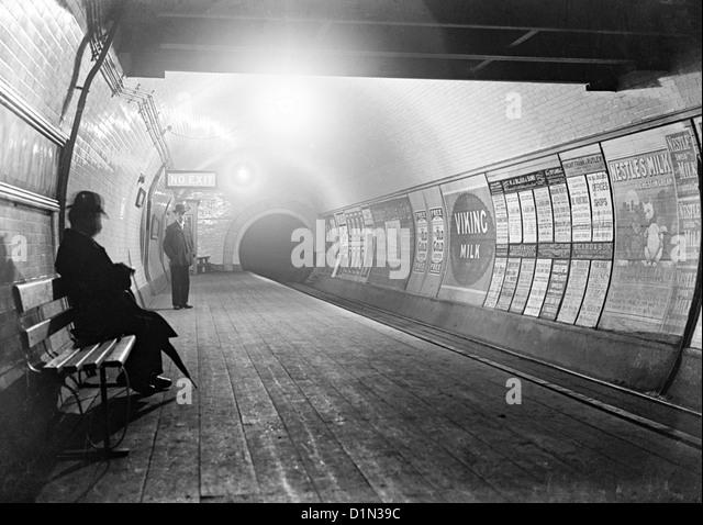 London Underground, circa late 1800's, London, Britain, UK - Stock-Bilder