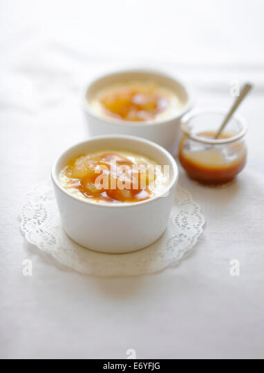 Rice pudding with caramelized apples - Stock Image