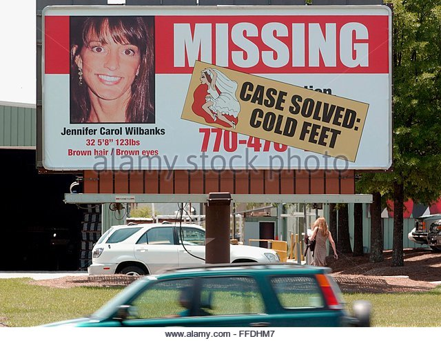 epa000425153 A driver passes a missing billboard for runaway bride Jennifer Wilbanks which was amended by Formetco - Stock Image
