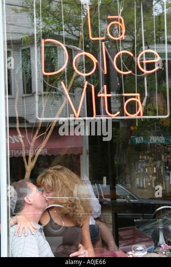Cleveland Ohio Little Italy Murray Hill Road La Dolce Vita Italian restaurant romantic couple - Stock Image